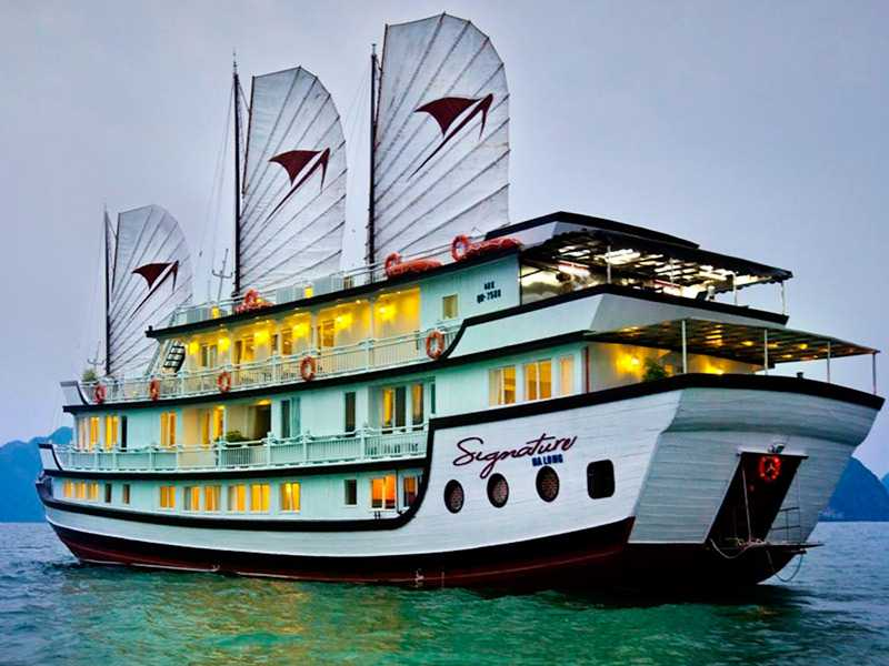Signature Cruise - Package (3D2N): Noi Bai Airport + Hotel Hanoi + Signature Cruise - Bai Tu Long Bay - Hanoi