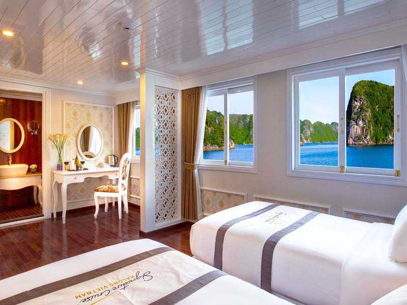 signature-royal-cruise-rooms-16